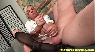 Bigtitted cougar jerking off lucky dude
