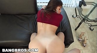 BANGBROS - Julianna Vega&rsquo_s Ass is the Best View in Miami (ap13761)