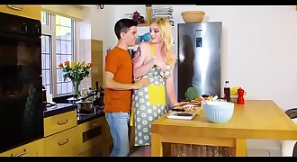 Blonde stepsister Kitchen Fucking  -- SEE MORE https://goo.gl/bhZcFd
