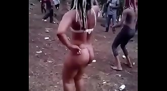 African bitch dance