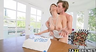 Lucky Lucas banged hard and deep Milf Isis Love